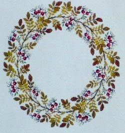 画像1: 秋の木の実 フラワーリース